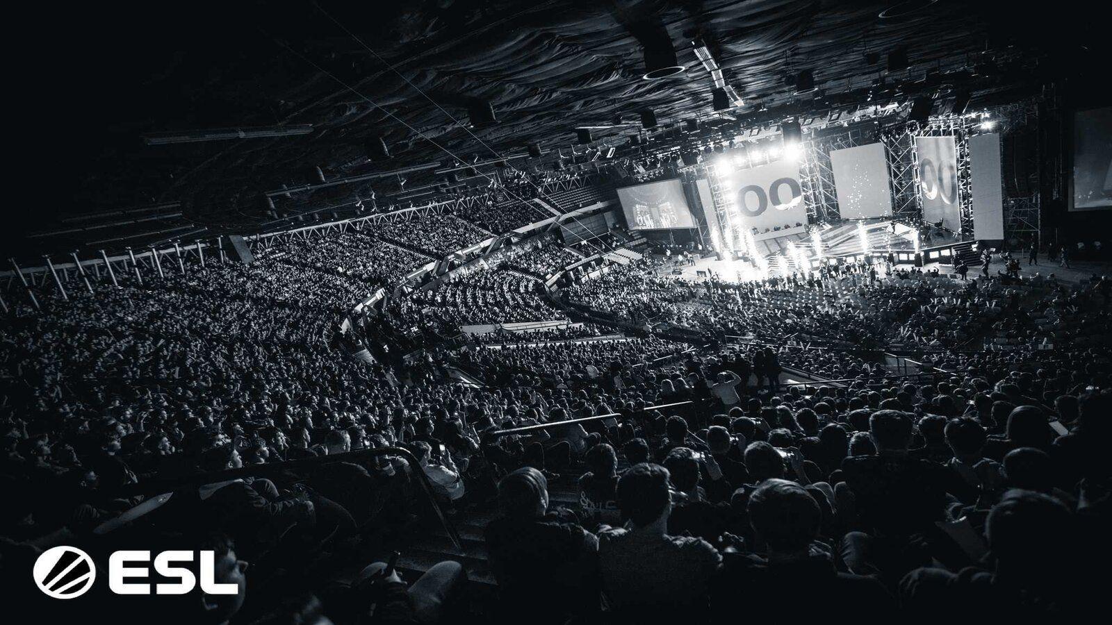 IEM Katowice crowd
