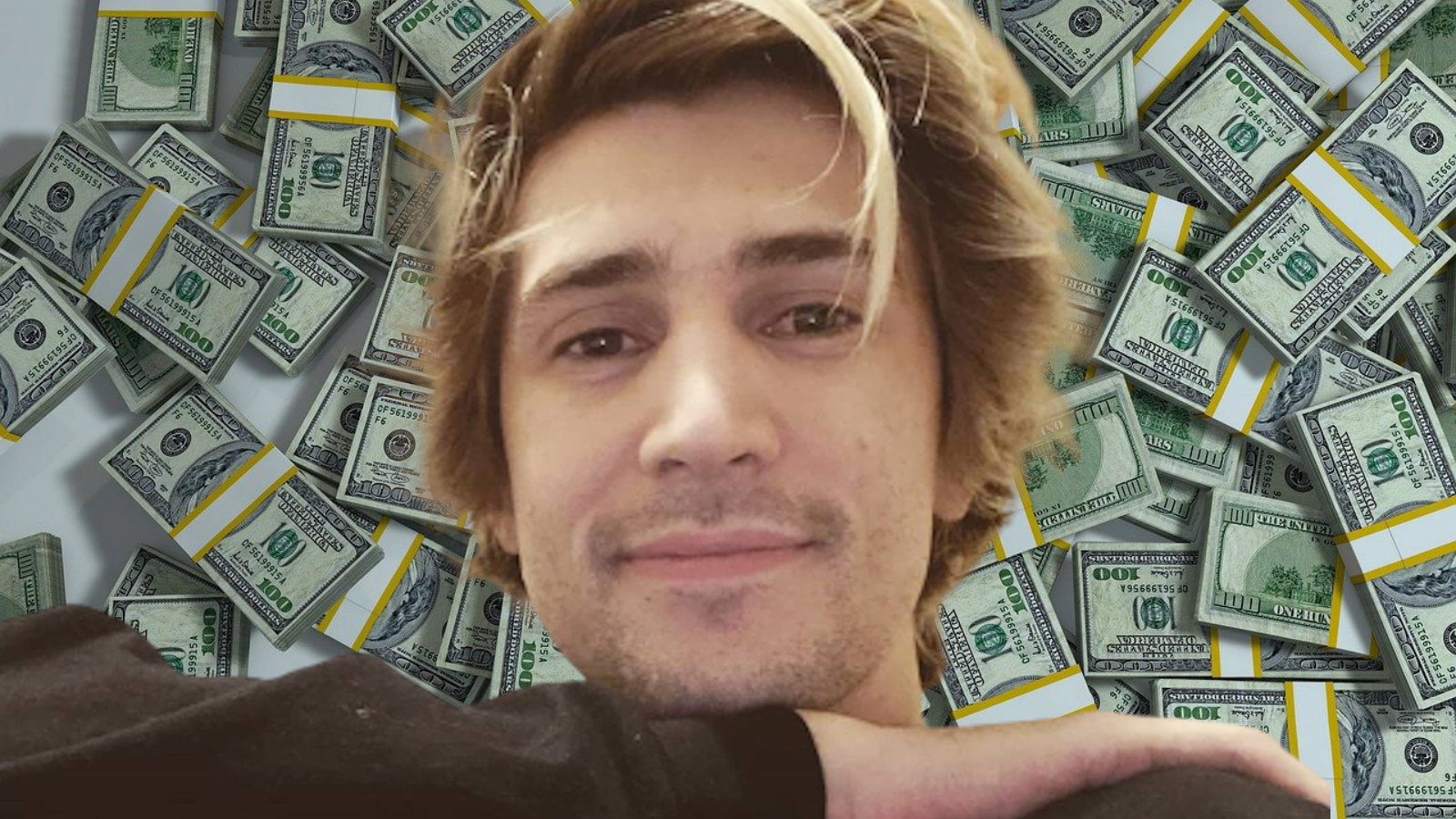 xQc makes money streaming