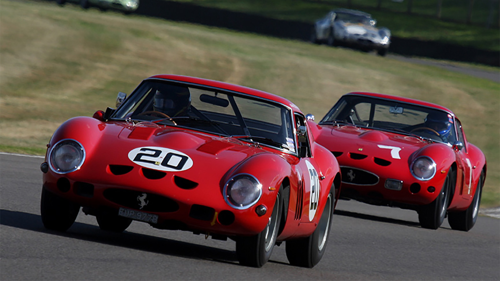 250 GTOs racing