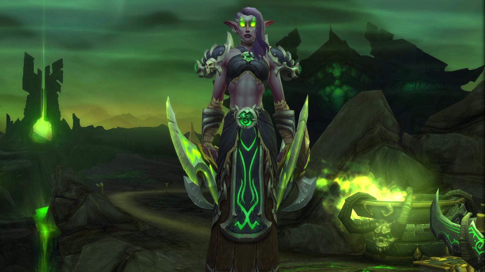 Demon Hunter Night Elf in the character select screen