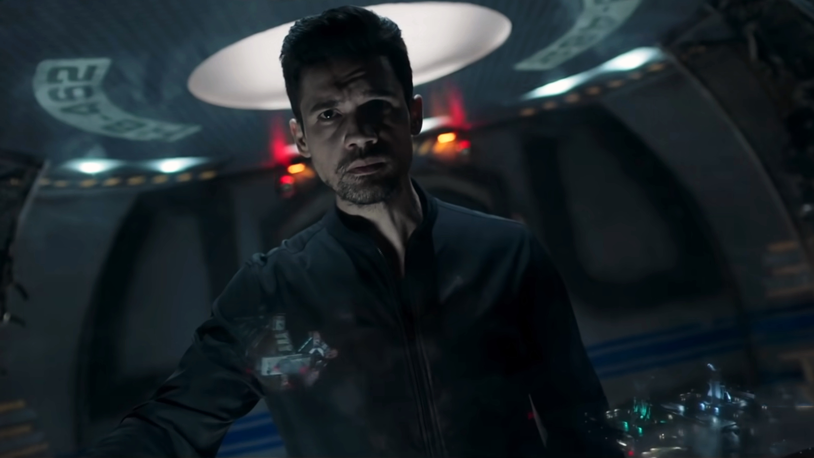 Holden stares out at The Expanse Season 6 renewal.