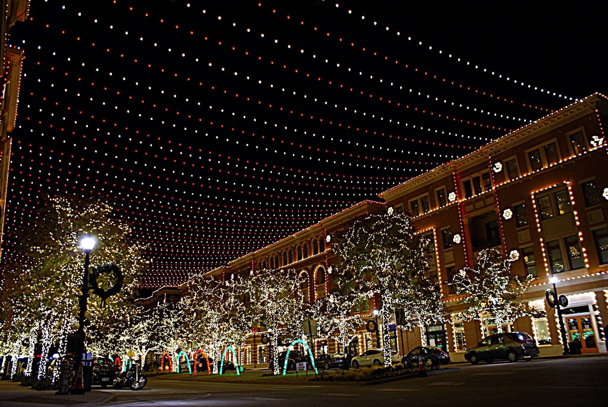 Christmas in the Square - DFWChild