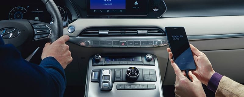 Apple CarPlay®/Android Auto™