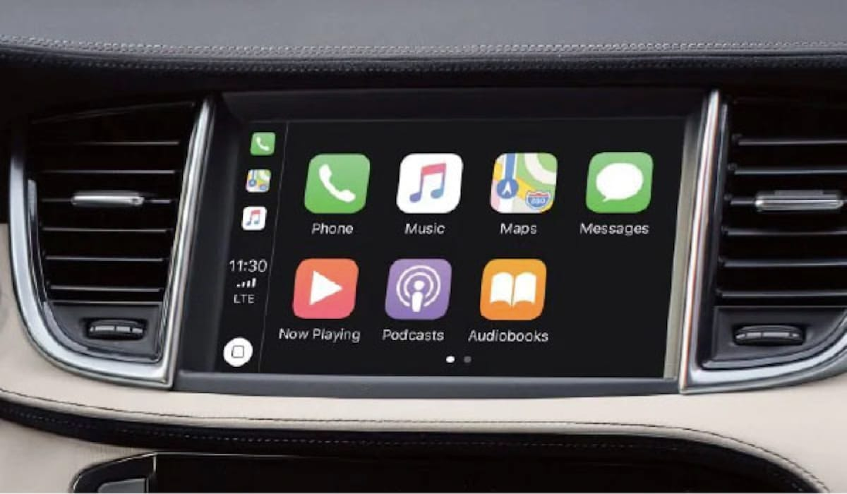 APPLE CARPLAY<sup>®</sup>