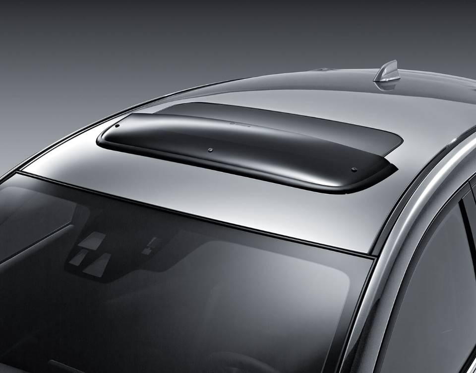 2018 Mazda3 Hatchback, MOONROOF WIND DEFLECTOR