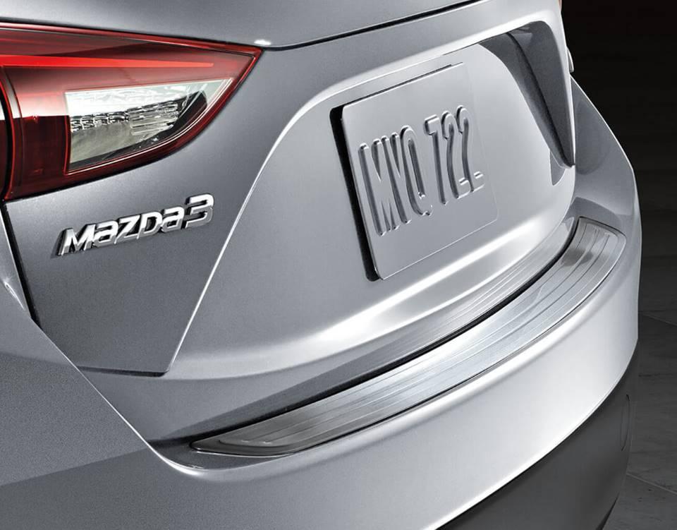 2018 Mazda3 Sedan, REAR BUMPER GUARDS