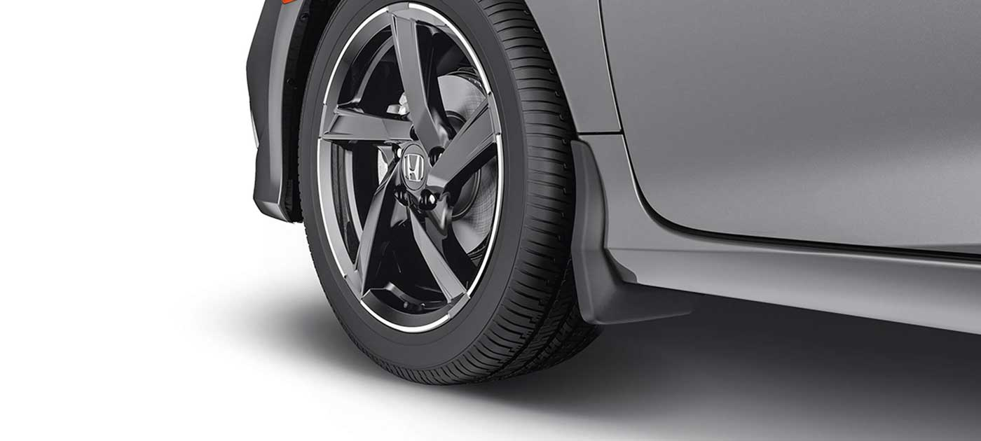 18-inch 5-Spoke Black Alloy Wheel