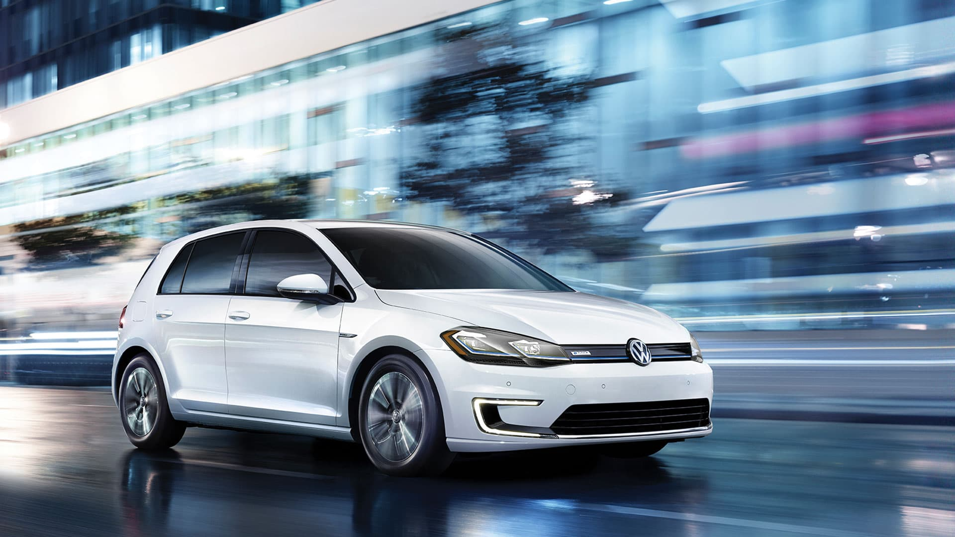 Volkswagen e-Golf Hero Image