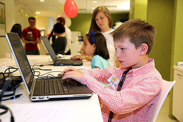 Children participate in kids.gov usability test