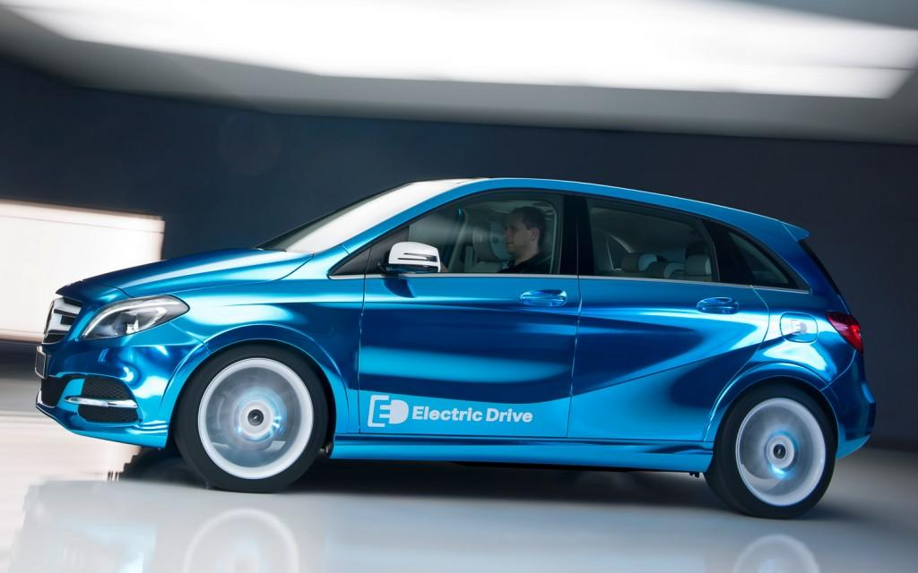 mercedes benz b class electric drive has the bmw i3 in its sights digital trends. Black Bedroom Furniture Sets. Home Design Ideas