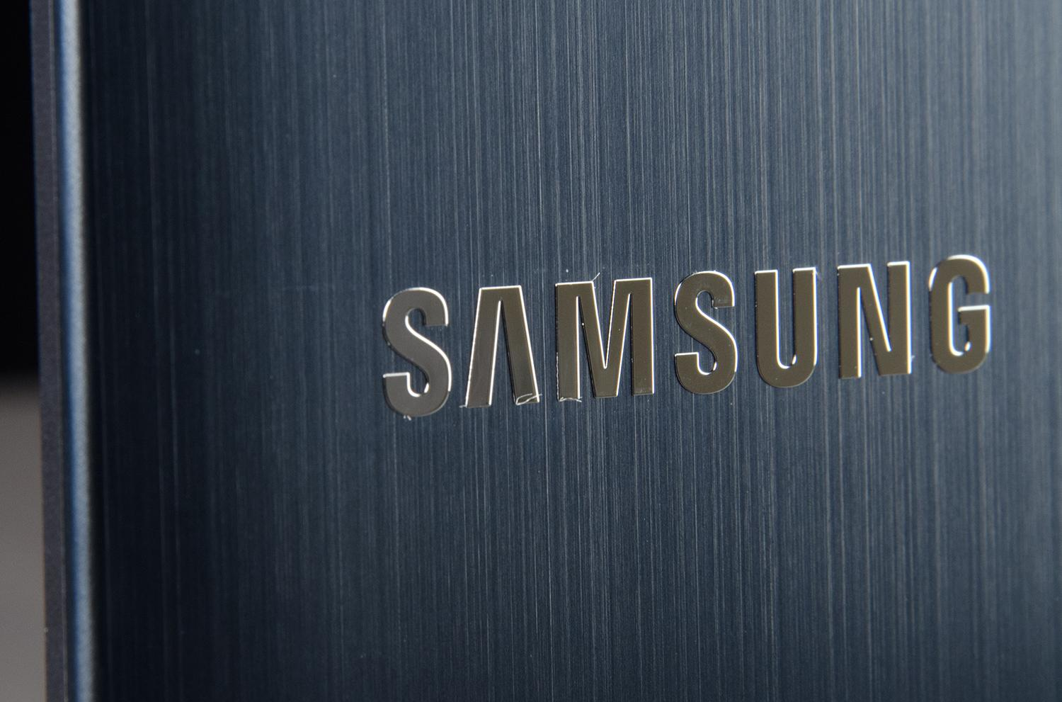 Samsung Logo Wallpapers: First Samsung Tizen Phone To Launch Before July 2014