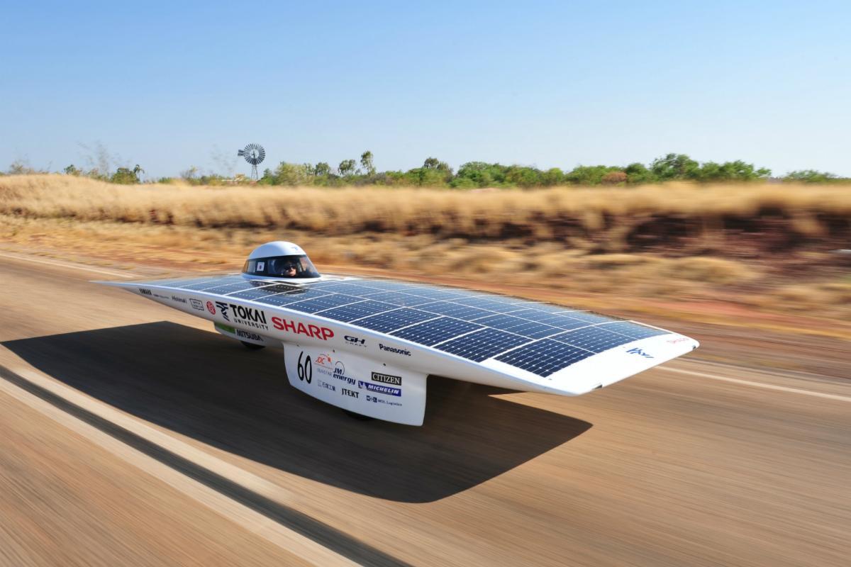 World Solar Challenge Solar Powered Cars Begin Race