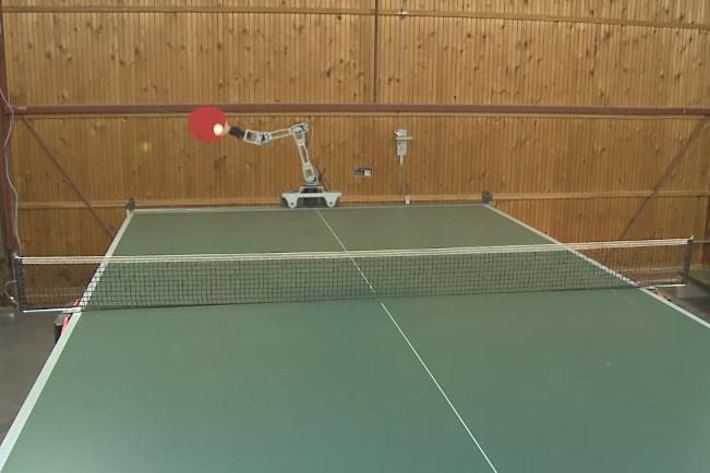 Hobbyist Demos Ping Pong Playing Robot And It S Pretty