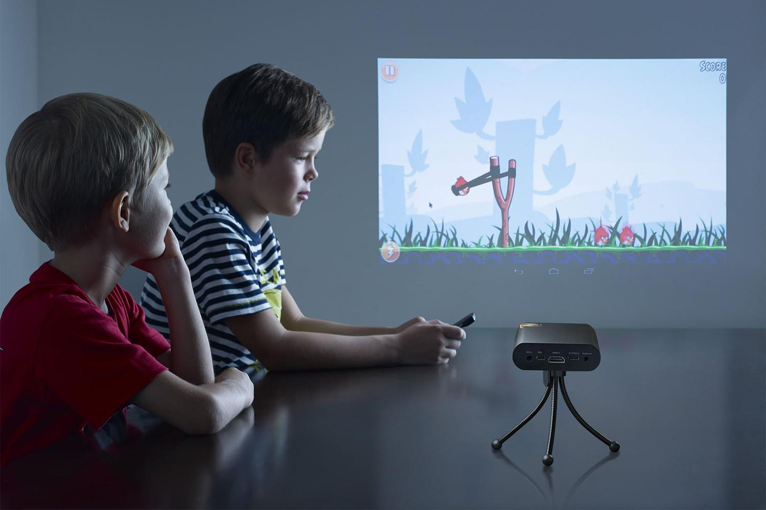 Touchpico And Stylus Let You Draw On An 80 Inch Projection