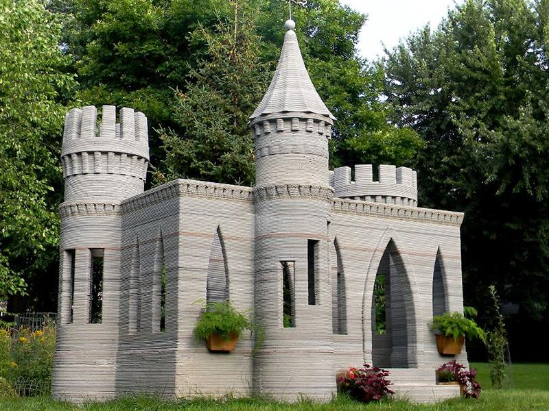 Engineer builds a 3d printed castle in his back garden - Buy 3d printed house ...