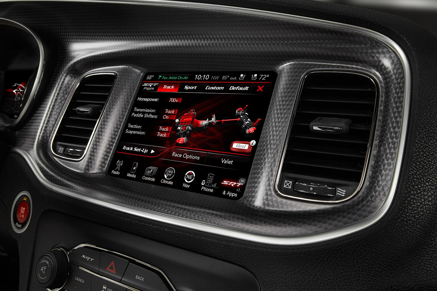 FCA Uconnect Review | Chrysler Infotainment System | Digital
