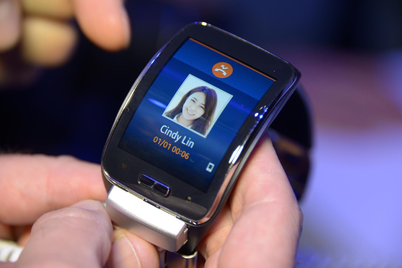 samsung gear s smartwatch hits u s on november 7 digital trends. Black Bedroom Furniture Sets. Home Design Ideas
