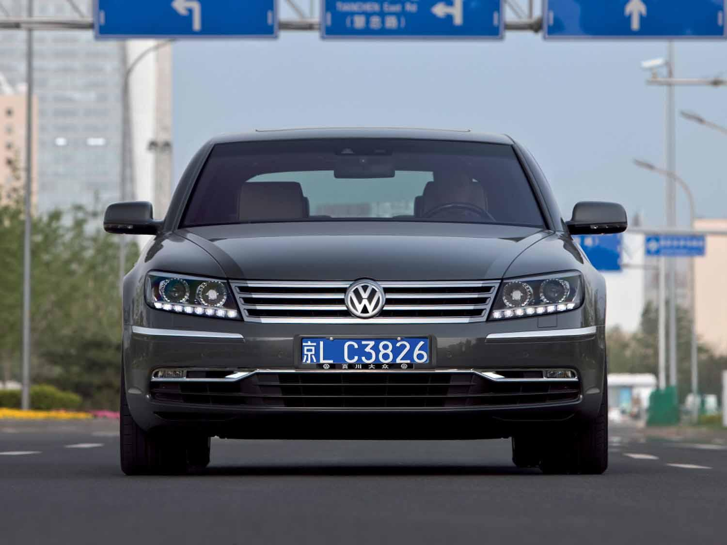 has volkswagen delayed its next s class fighting phaeton. Black Bedroom Furniture Sets. Home Design Ideas