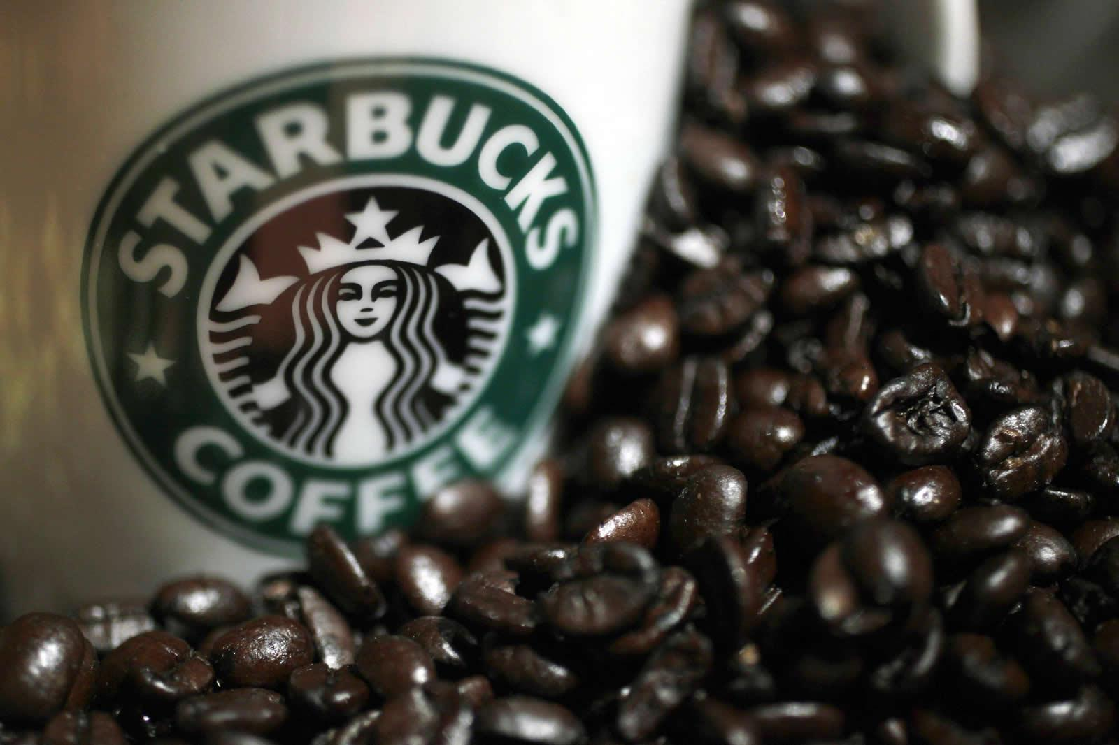 Bring home your Starbucks® favorites―rich brewed coffee and perfect shots of espresso.