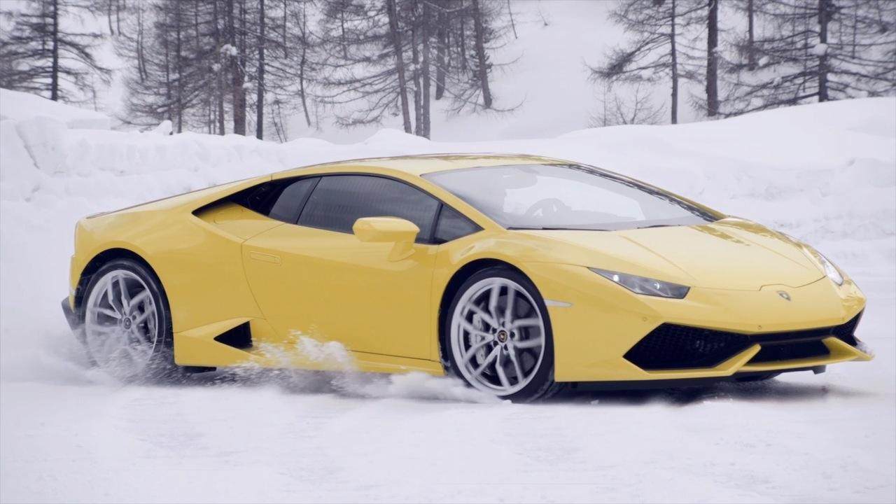lamborghini winter accademia coming to u s in 2015 digital trends. Black Bedroom Furniture Sets. Home Design Ideas