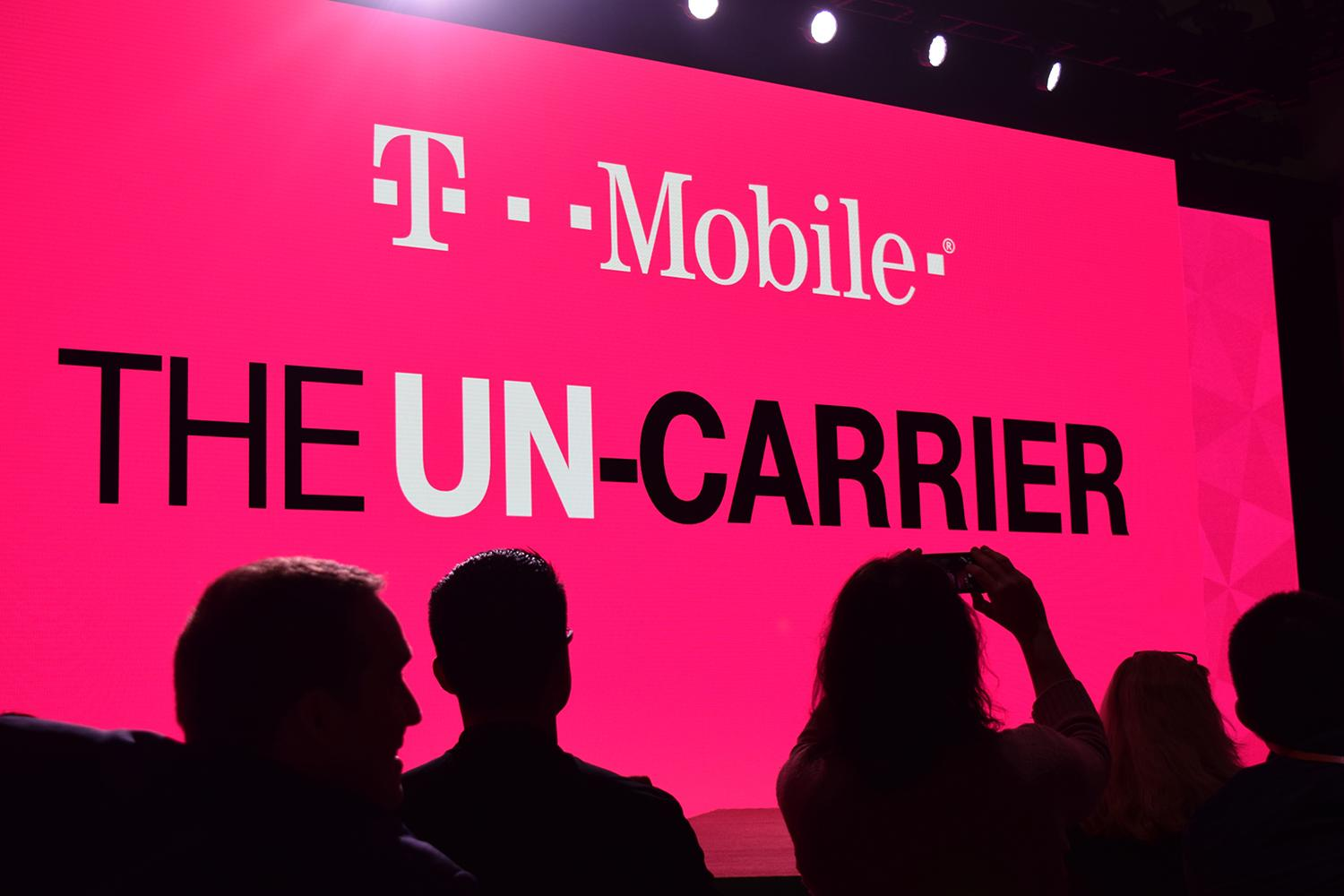 t mobile celebrates black friday early with 3 months of. Black Bedroom Furniture Sets. Home Design Ideas