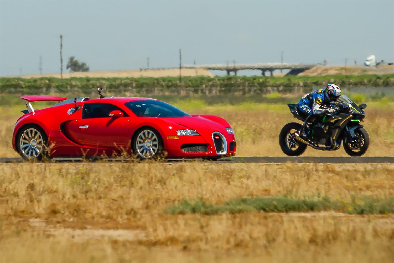 watch kawasaki's new 300 hp h2r superbike decimate a bugatti