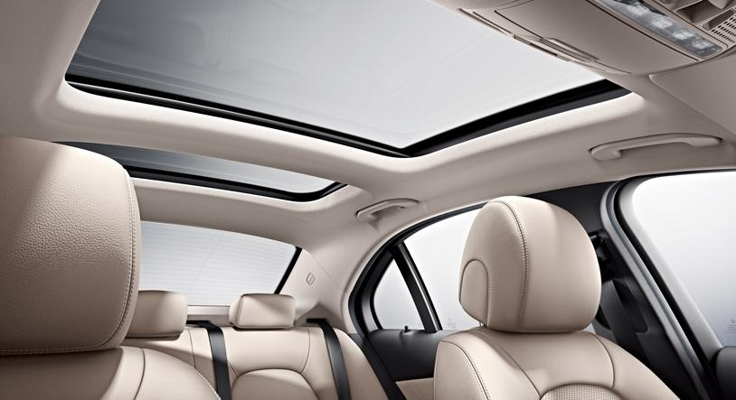 Sunroofs Shattering On Mercedes Benz Cars Cause Still Unknown