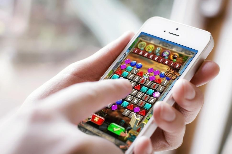 top games to play on iphone