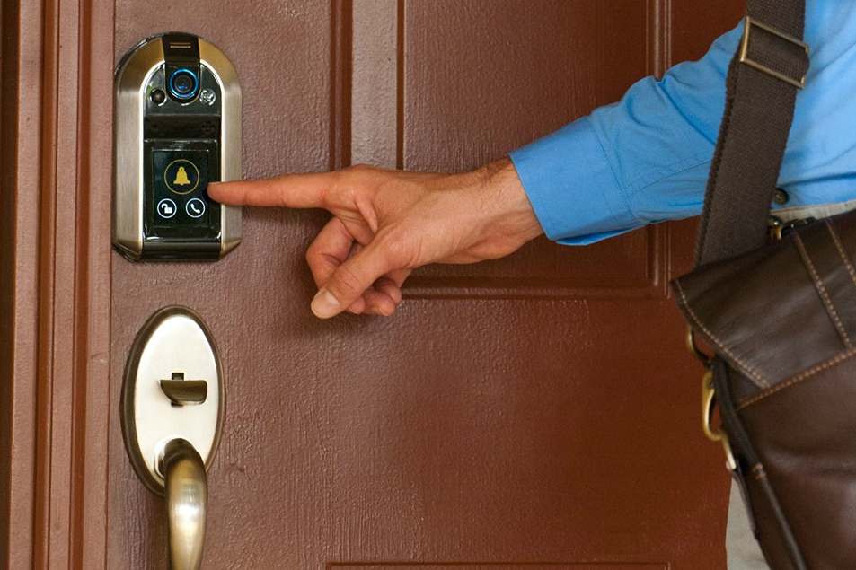 Get Your Hands On The Nucli Smart Door Lock And It Ll