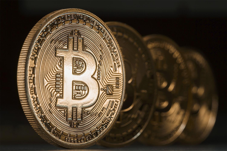 bitcoin kilátások video opciók kereskedési ábécé