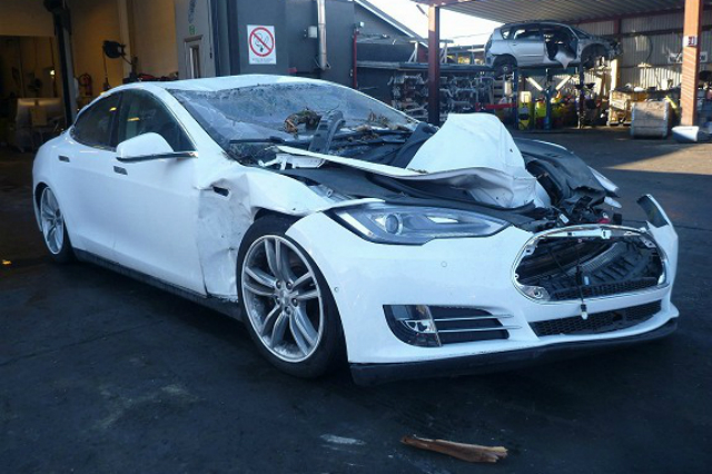 Tesla Model S Occupants Survive Landslide And Fallen Tree