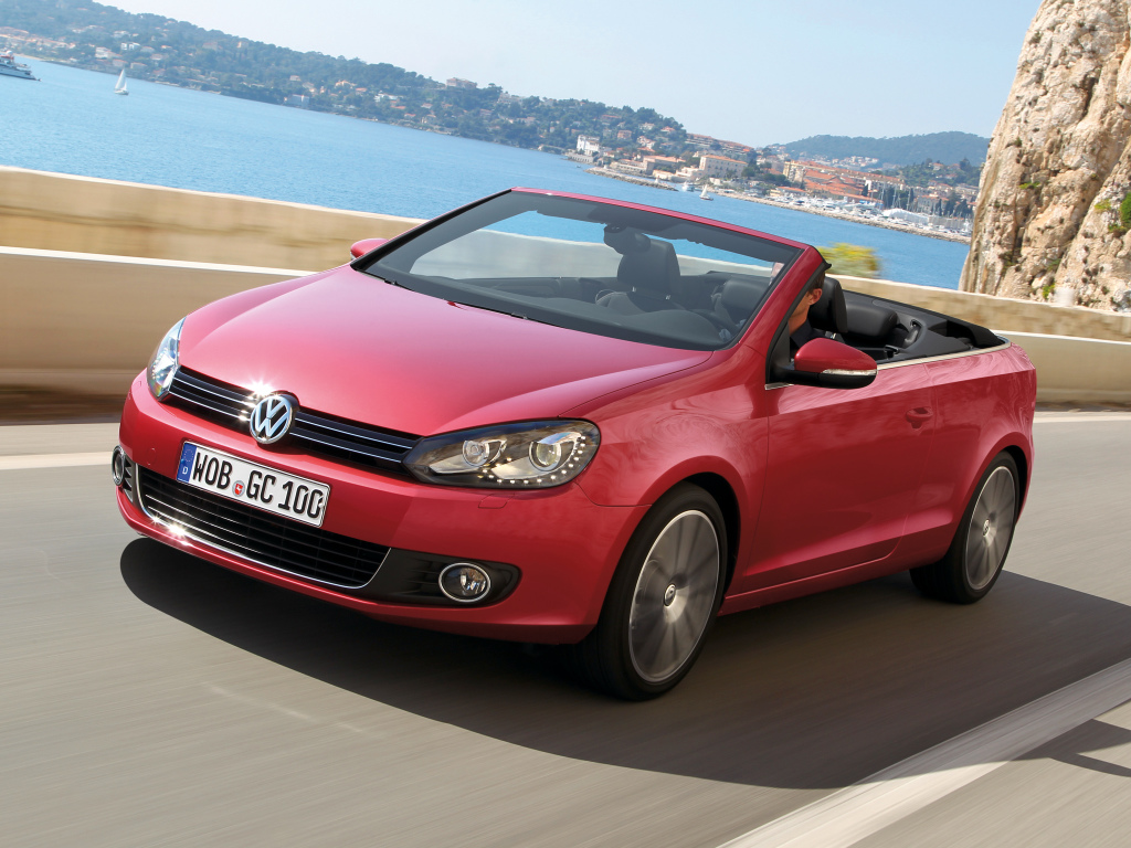 gone since 2002 the volkswagen golf cabrio could come back to the u s to replace the eos. Black Bedroom Furniture Sets. Home Design Ideas