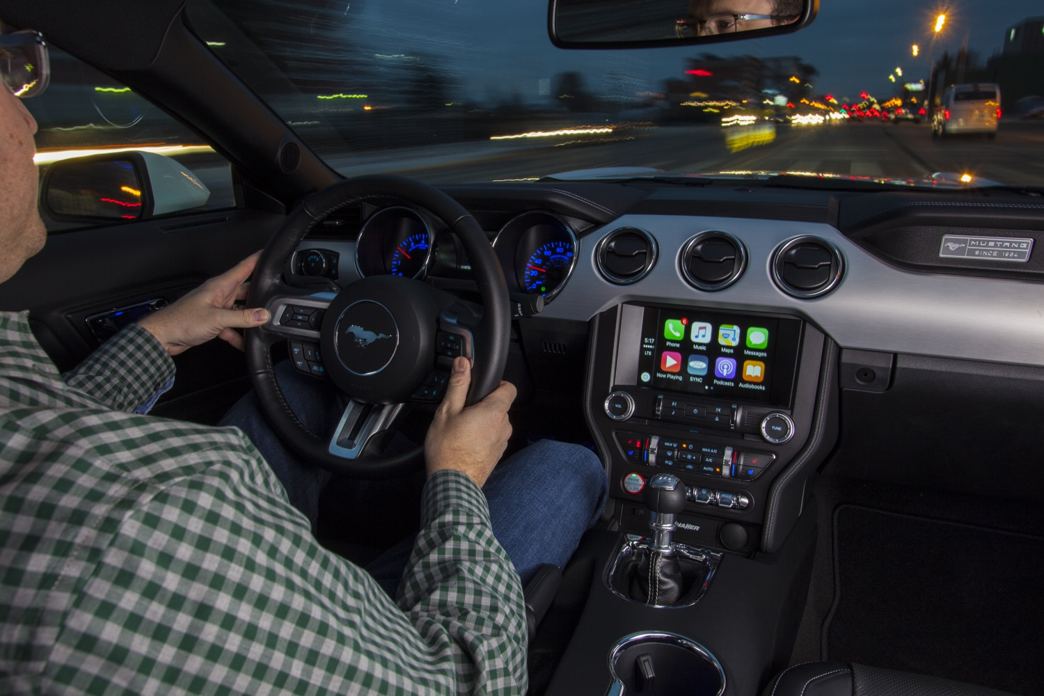 all 2017 ford models are getting apple carplay and android auto. Black Bedroom Furniture Sets. Home Design Ideas