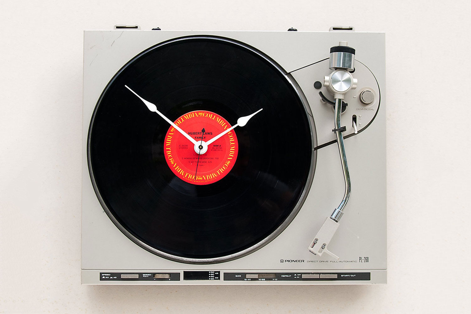 How To Build A Diy Vintage Vinyl Turntable Wall Clock