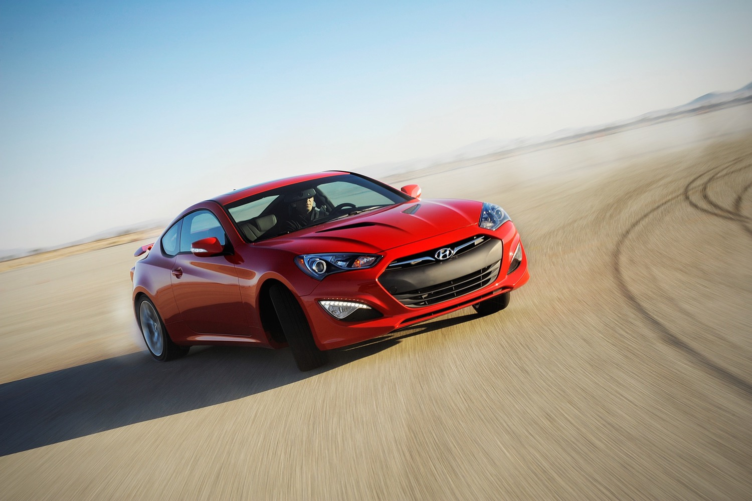 hyundai drops its sporty genesis coupe plans new luxury model instead. Black Bedroom Furniture Sets. Home Design Ideas