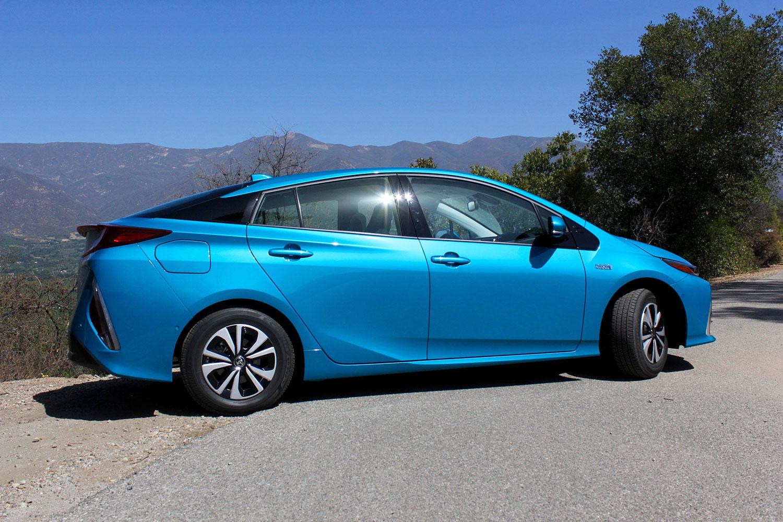 Toyota Prius Prime Side Angle on Toyota Prius Hybrid Battery Life