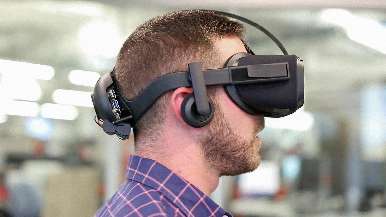 Hands On With Oculus Santa Cruz Wireless Vr Headset