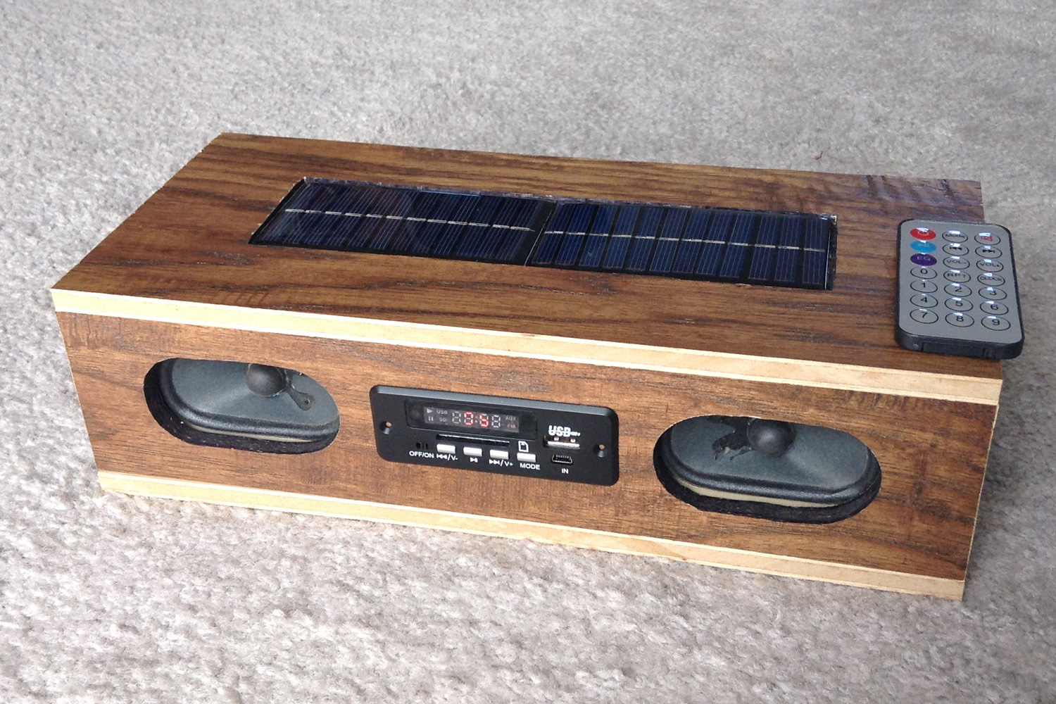 How To Build A Solar Powered Bluetooth And Mp3 Radio