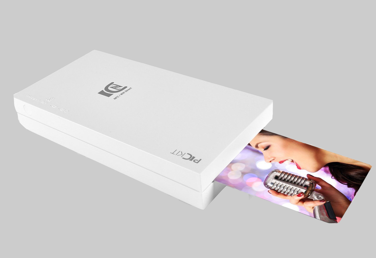 instant photos are hip again and pyle joins the trend with a new portable printer
