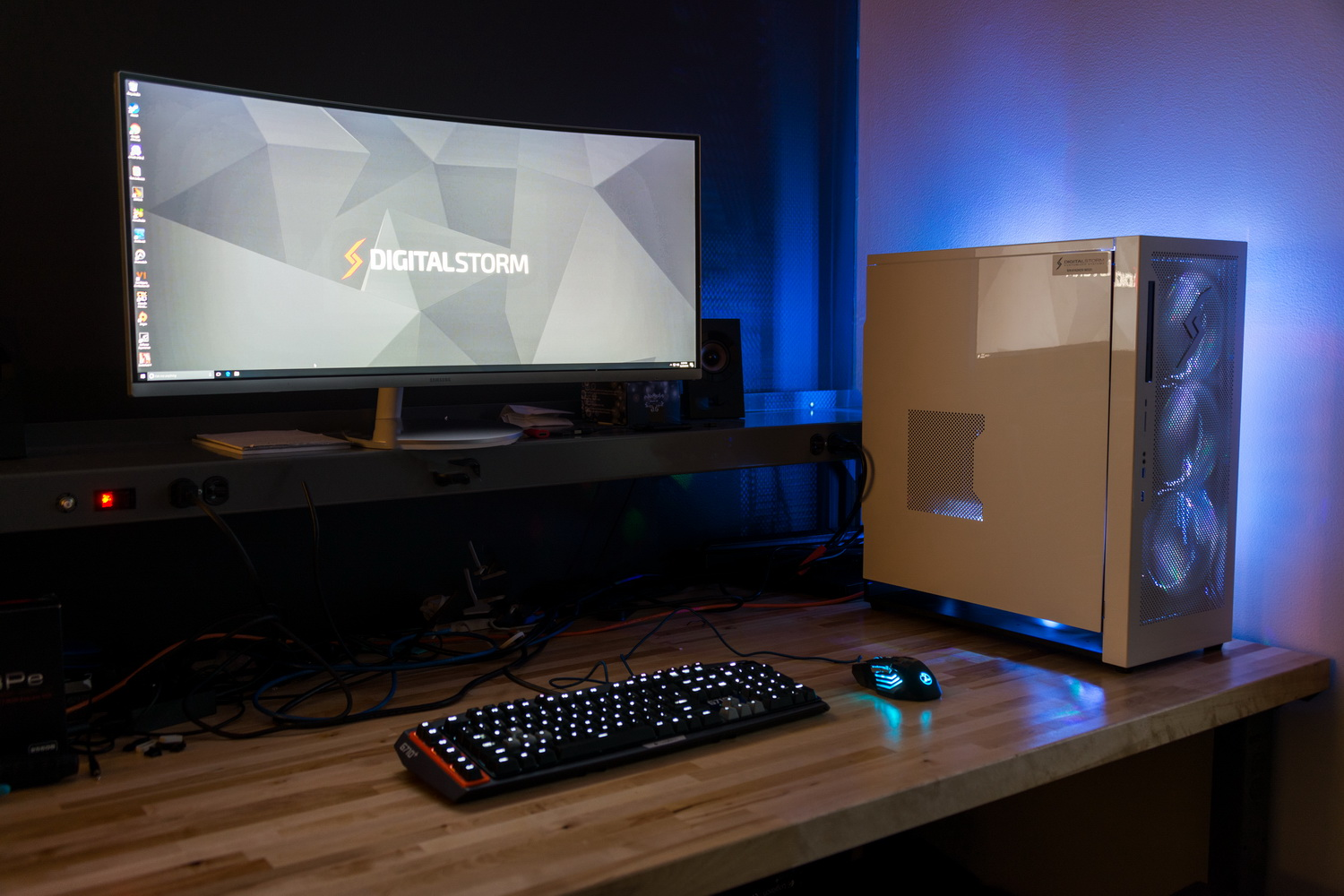 How To Make Your Home High Tech The Best Gaming Desktop Pcs Of 2017 Digital Trends