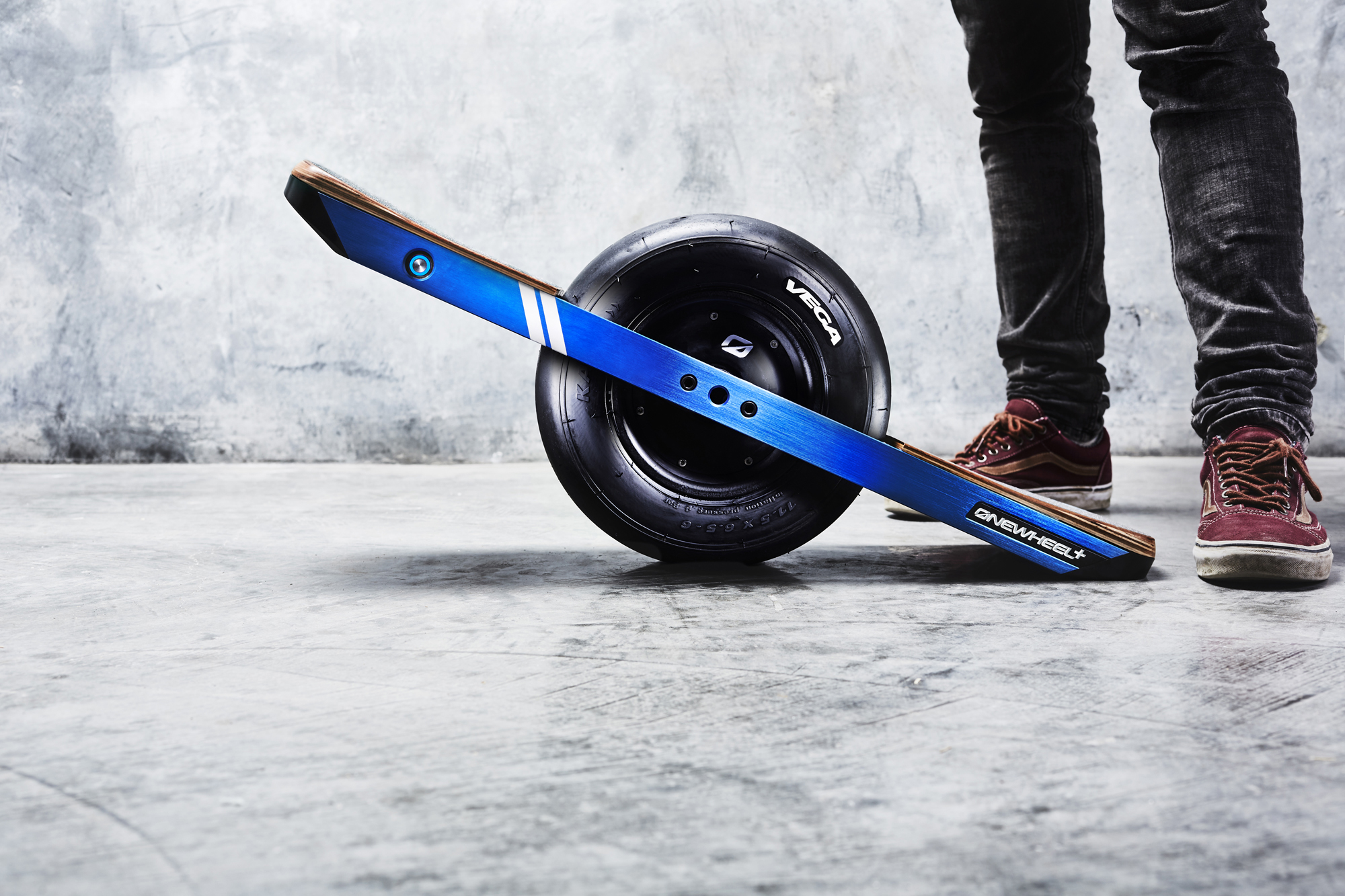 future motion s new onewheel board is smoother faster and even easier to ride. Black Bedroom Furniture Sets. Home Design Ideas