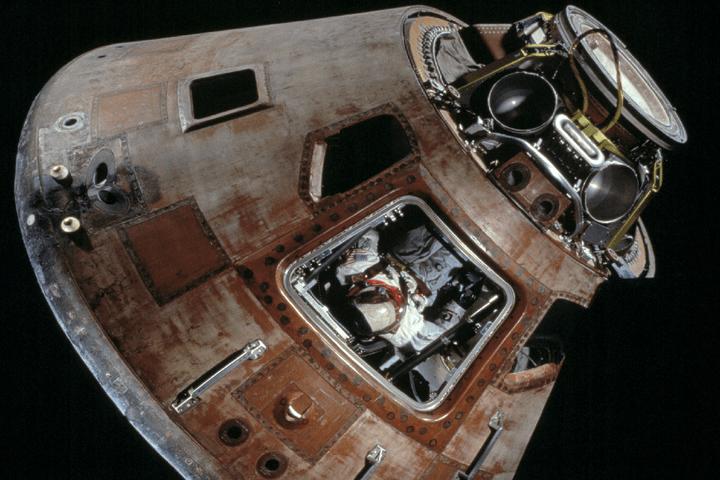 apollo high school space capsule - photo #6