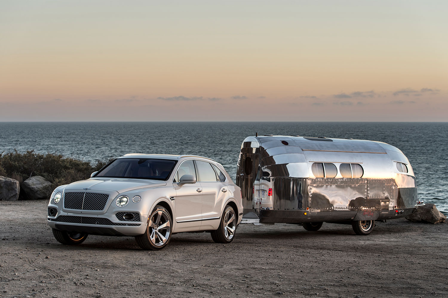 Vintage Travel Trailers Are Making a Comeback – Redefining ...
