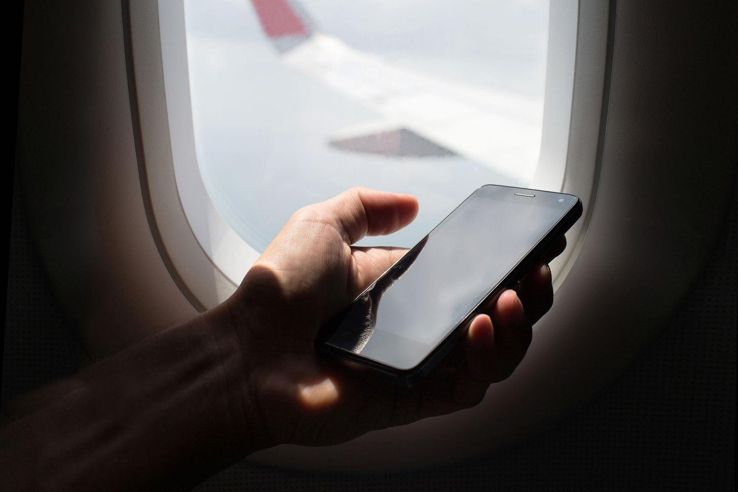 How To Turn On Airplane Mode On An Iphone Or Android