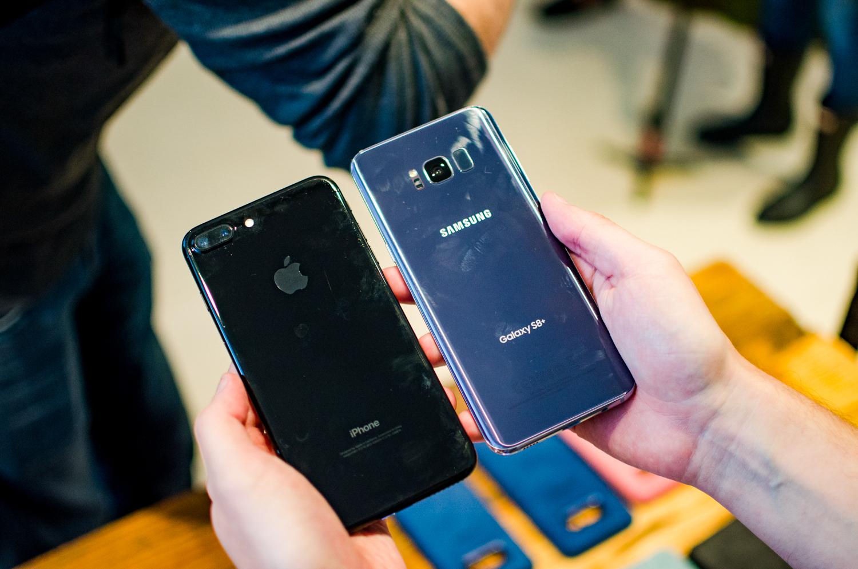 Jual Sisir 7vs Terbaru 2018 Tcash Vaganza 17 Botol Minum Olahraga Aluminium 750ml Biru Unlocked Copy Iphone 7 Plus Clone Samsung Galaxy S8 Vs