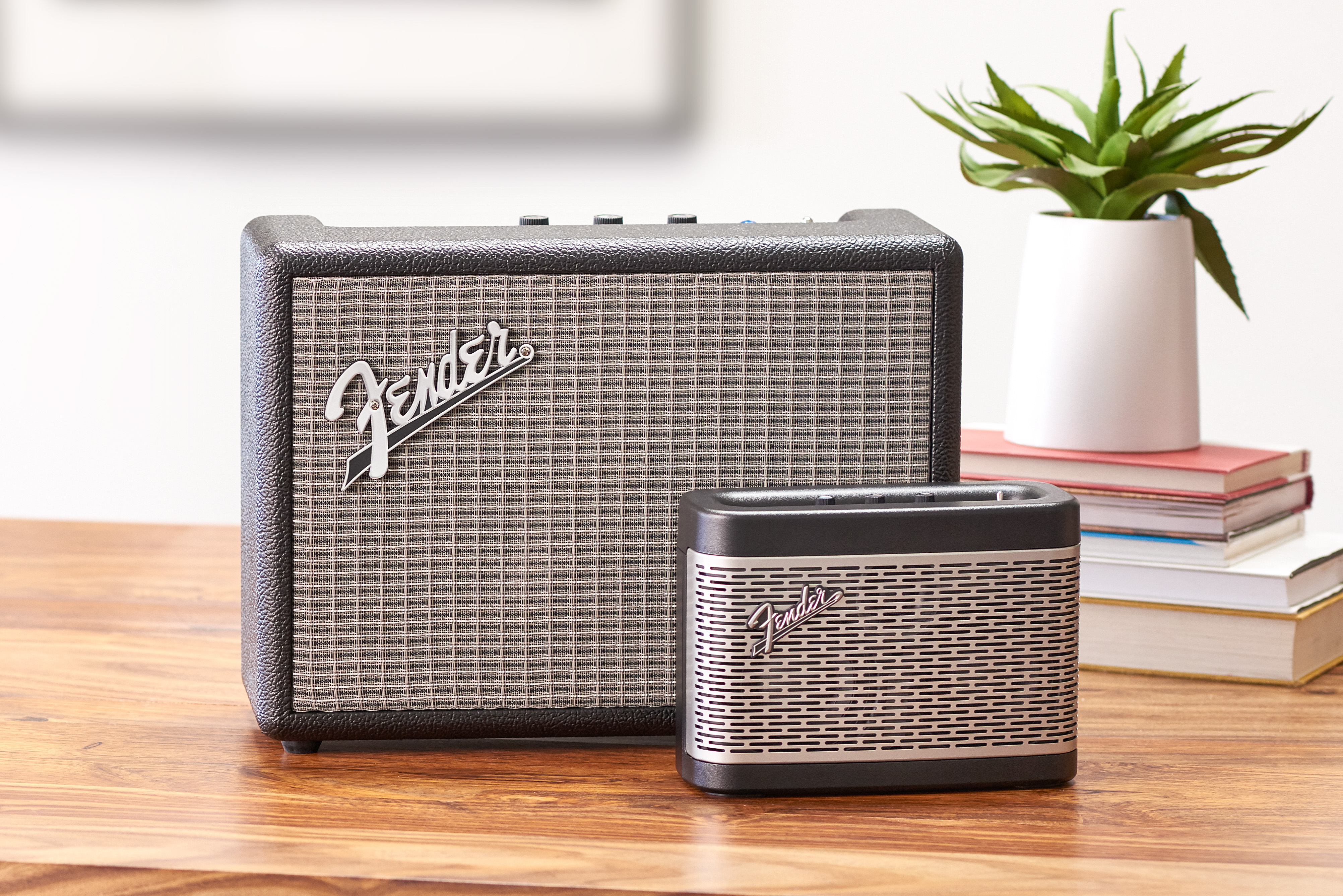 fender 39 s monterey and newport bluetooth speakers offer classic looks and tone. Black Bedroom Furniture Sets. Home Design Ideas