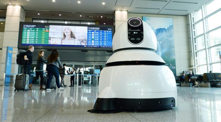 Best Car Cleaning Products >> LG debuts its friendly robots to help you find your way ...