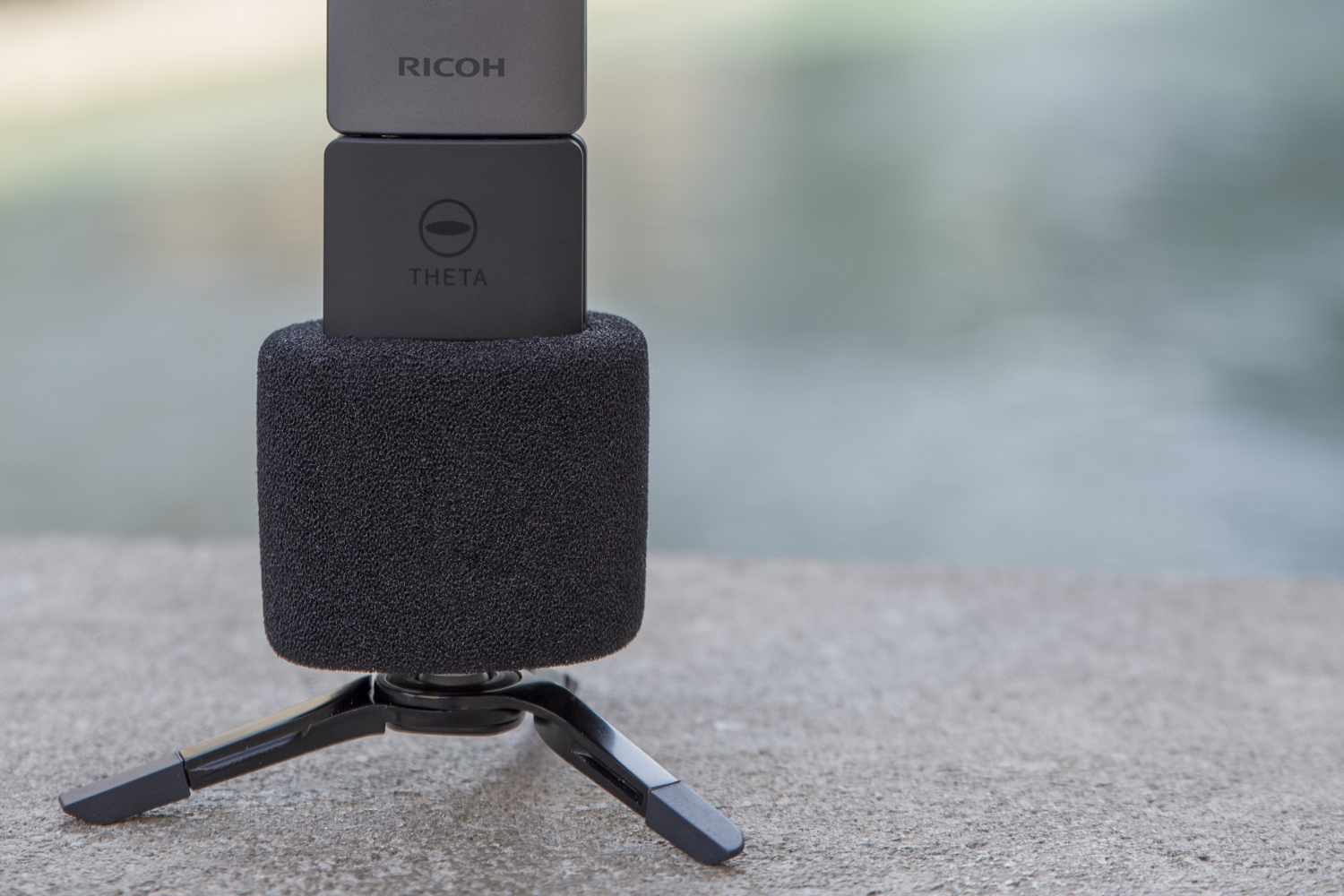 Ricoh Theta V Brings Reality To Vr With 4k And Surround Sound