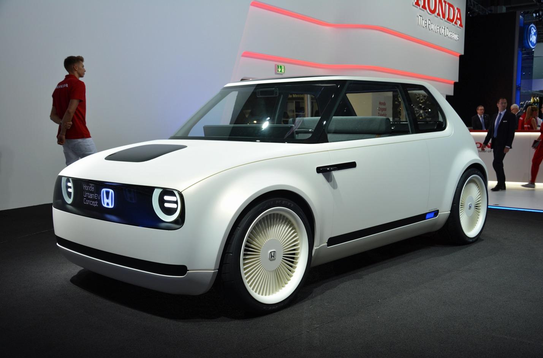 honda urban ev concept is a retro looking electric car built for the city. Black Bedroom Furniture Sets. Home Design Ideas