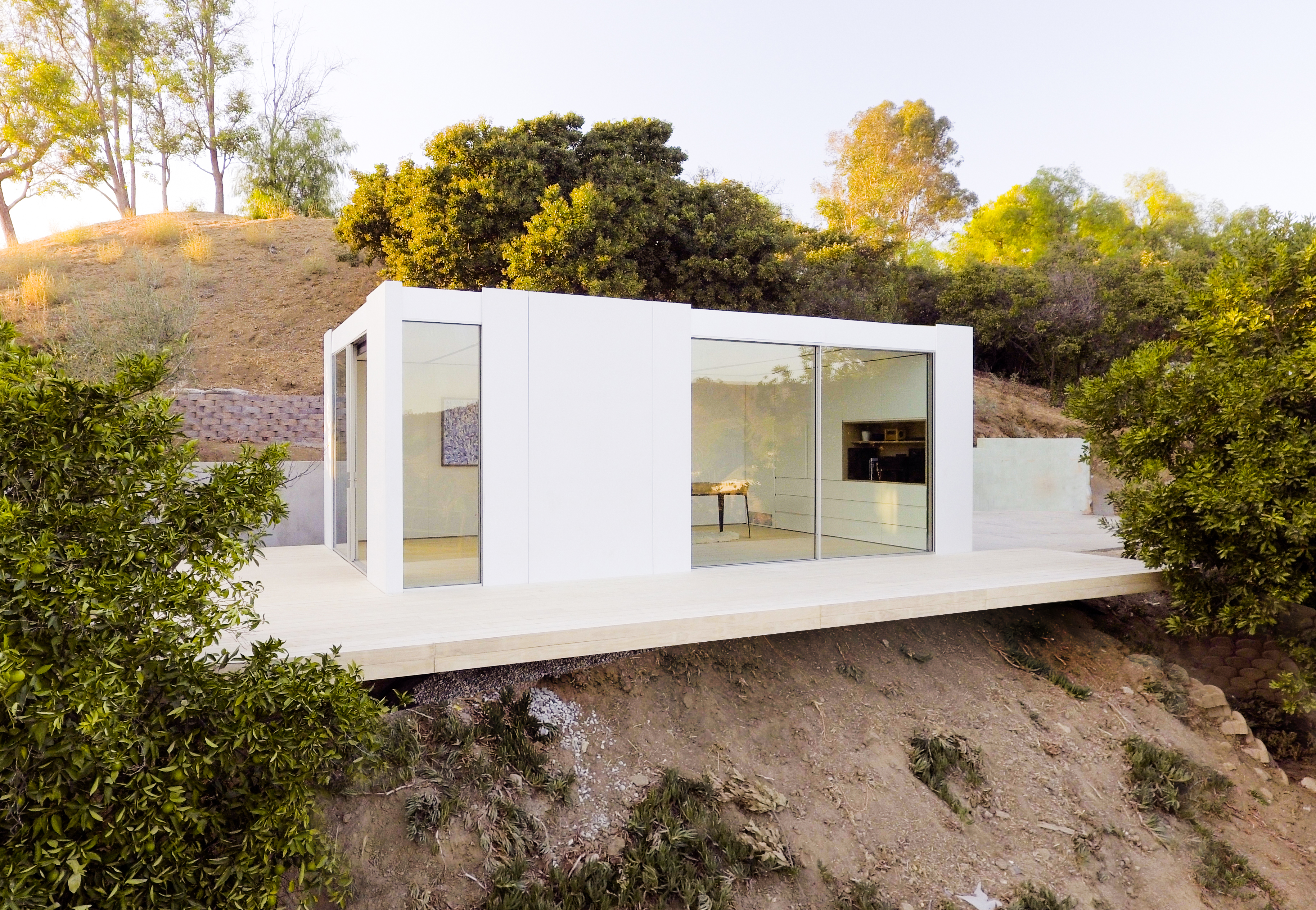 Los Angeles Prefab Company Cover Shows Off Its First
